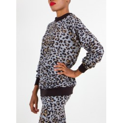 Leopard Track-leisure Top